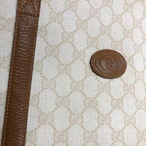 Authentic vintage Gucci shoulder bag